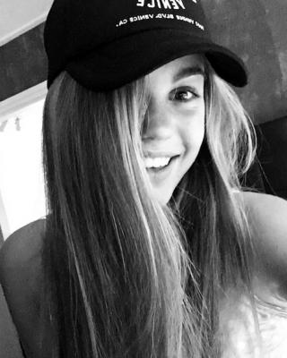 miss_teenager_universe_2017_lotte_van_der_zee_(