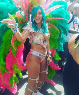 rihanna-crop-over-crawpova-wukking-up-barbados-festival