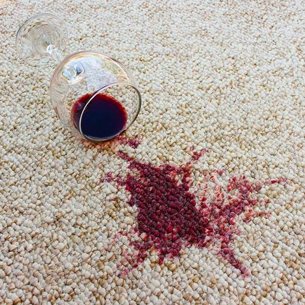 rode_wijn_vlek_tip_schoon