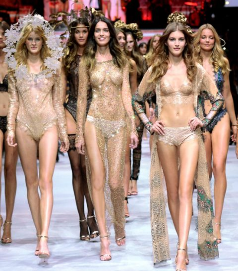 Volg live de Etam fashion show uit Parijs