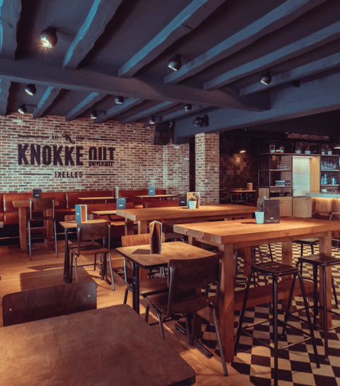 Nieuw in Brussel: Knokke Out University