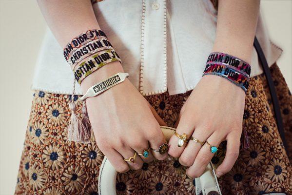 dior cruise collection 2018 armband festivalbandjes