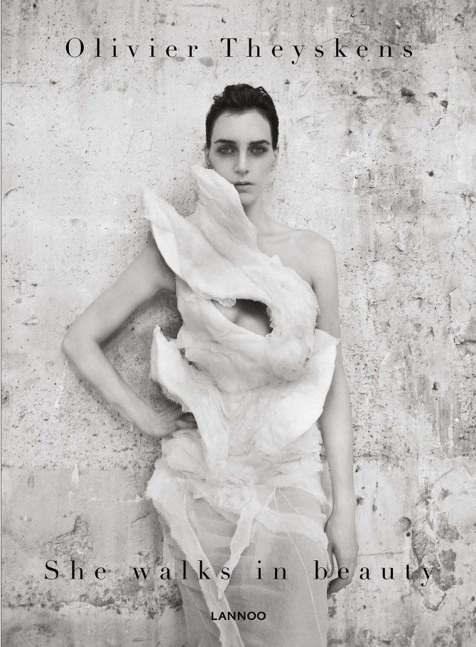 Olivier Theyskens,She Walks in beauty,Momu,expo,modemuseum Antwerpen,Antwerpen,Belgisch,mode