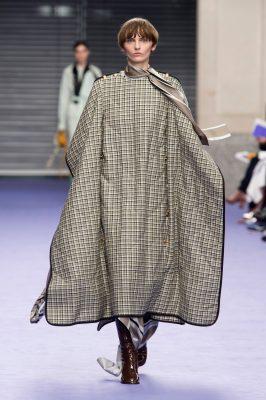 trend donsdekenjas fashionista homeless dakloos jas donsjas mulberry