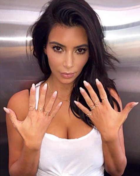 pantys panty nagels kim kardashian