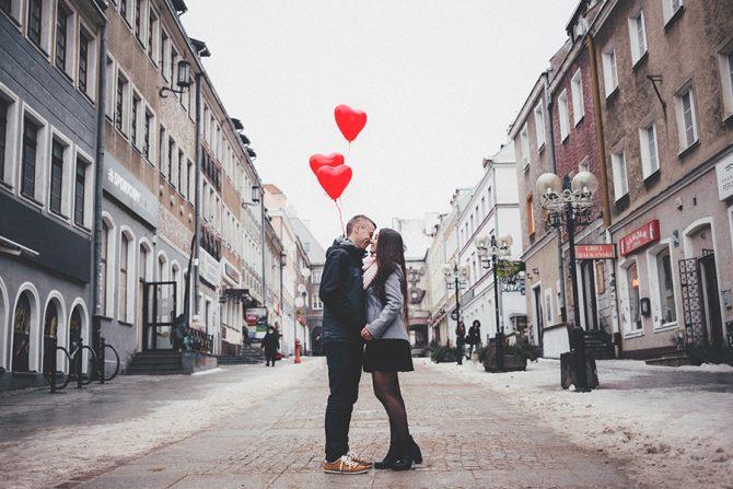 liefde, relatie, crush, verliefd, cool, kalm, tips, vlinders, blozen, rood hoofd, stotteren