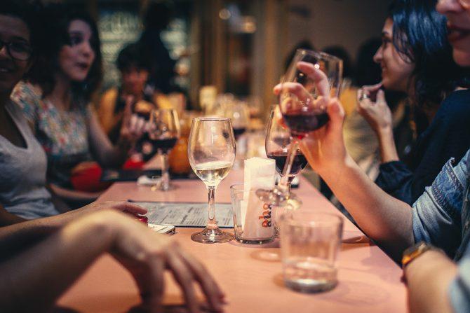alcohol, alcoholvrij, droog, dry january, mocktails, frisdrank, café, bar, drinken, drank, cocktail, bier, wijn
