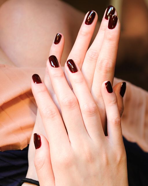 nagels, persoonlijkheid, quiz, rood, fushia, glitter, zwart, roze, nagellak, karakter