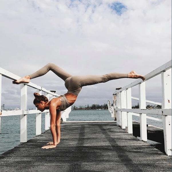 sjana elise earp instagram fitspiration yoga inspiratie fitso fitspiratie