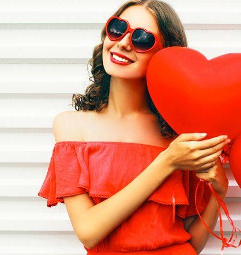 Valentijn: 15 rode jurken om in de sfeer te komen