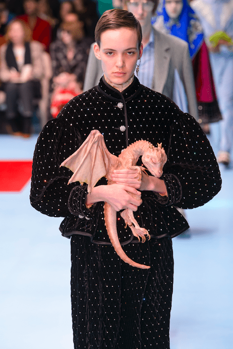 Gucci_cyborg_milan_fashion week_modeweek_FW18_winter2018_dragon