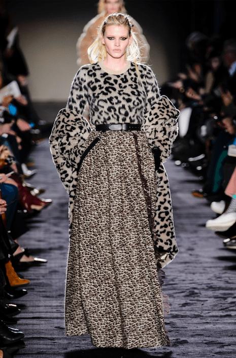 MaxMara_Lara Stone_Milan-fashion-week_modeweek_milaan_winter-2018