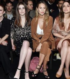 New York Fashion Week: De beste front row foto's van de celebs