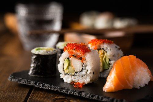 gezond, ongezond, eten, voedsel, dieet, slank, vermageren, healthy, sushi