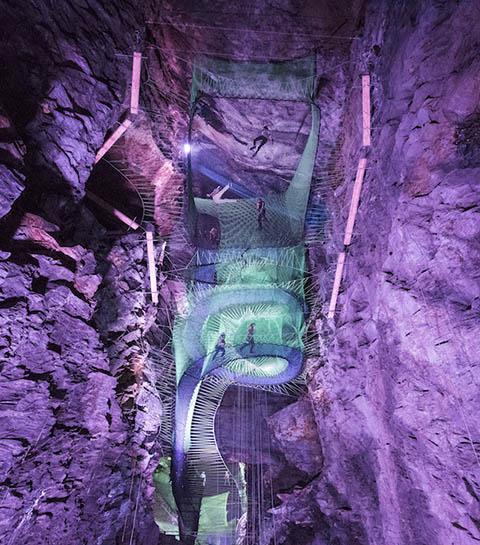 OMG: wij willen nu naar dit ondergrondse trampolineparadijs!