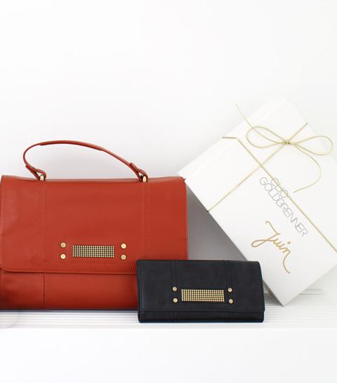 clio goldbrenner, box, accessoires, schoenen, tas, portefeuille