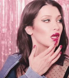 dior_addict_lacquer_plump_lipstick_bella_hadid