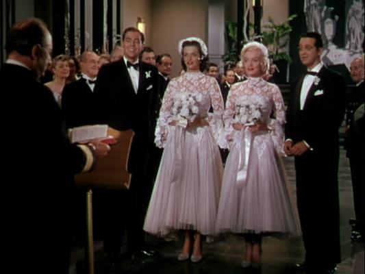 huwelijk, trouw, bruid, jurk, film, iconisch, cinema, gentlemen prefer blondes