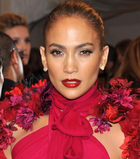 Get that J.Lo glow: Jennifer Lopez brengt een eigen make-uplijn uit