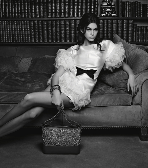 kaia_gerber_chanel_karl_lagerfeld_chanel_apartment
