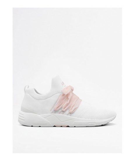 aa08c8e3c9961a De mooiste sneakers voor prima ballerina's - ELLE.be