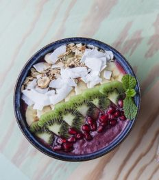 the holy berry acaï bowl ontbijt