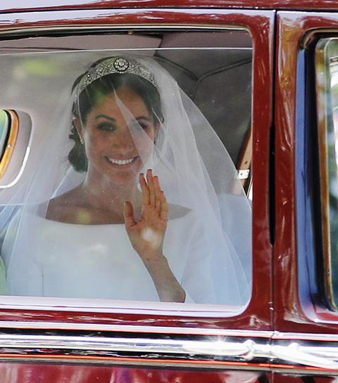 Hier zijn alle foto's van Meghan Markles bruidsjurk