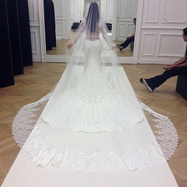 Ook deze beroemdheden trouwden in een Givenchy jurk - 2