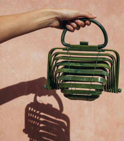 10 houten tassen om de zomer in te luiden
