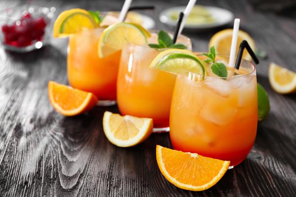 daten cocktail  tequila sunrise