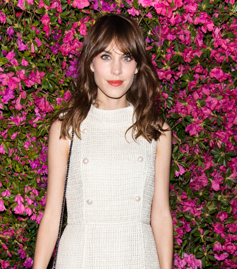 Alexa Chung showt collectie op de London Fashion Week