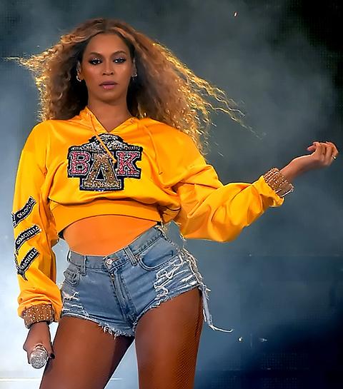 Must have: De Coachella-collab van Beyonce en Balmain