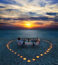 Love stories: 10 zomerse date-ideeën vol romantiek