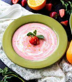 soep, fruit, zomer, recept, gerecht, dessert, lunch, meloen, mango, bosbes, aardbei, rabarber