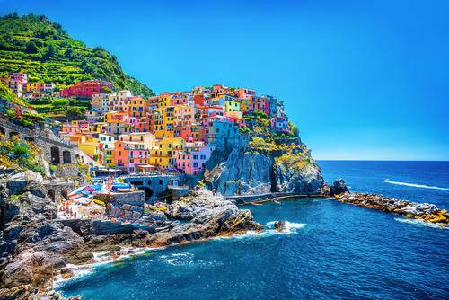 reis, citytrip, instagram, kleurrijk, la boca, cinque terre, brighton beach, nyhaven, burano, willemstad, menton, chefchaouen, wroclaw