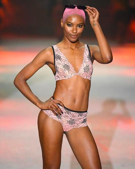 tezenis lingerie underwear fashion show paris hilton