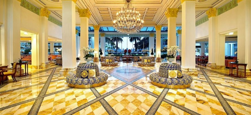 palazzo_versace_inkomhal