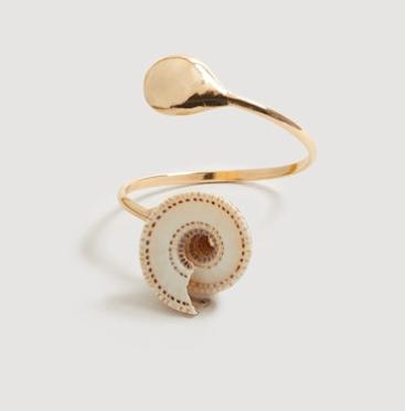 juwelen, accessoire, oorringen, ring, armban, ketting, schelpen, zomer, trend, inspiratie