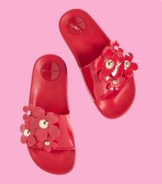 Vacay vibes: de coolste slippers voor aan het strand
