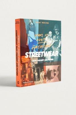 this_is_not_streetwear koffietafelboeken