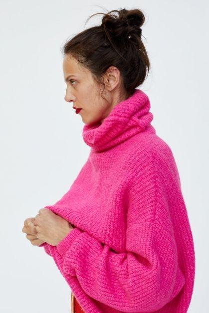 zara_neon_sweater