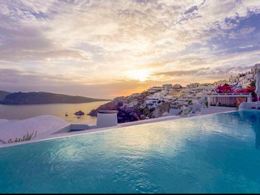 infinity pool, vakantie, reizen, hotel, europa, luxe, wellness, spa, katikies