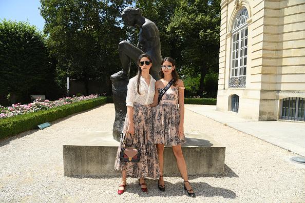 italie, milaan modeweek, fashion week, influencer, it-girl, who to follow, vibi sisters