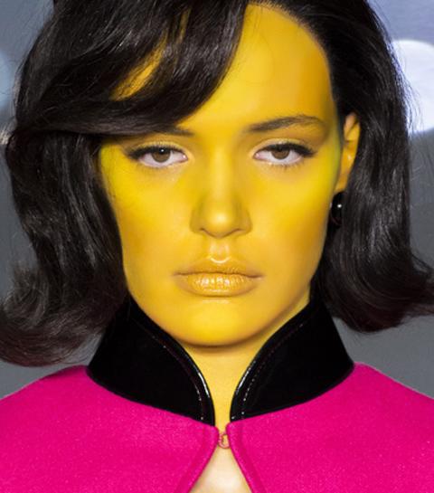 Do try this at home: zo ga je zelf aan de slag met de meest gewaagde make-uplooks van het seizoen