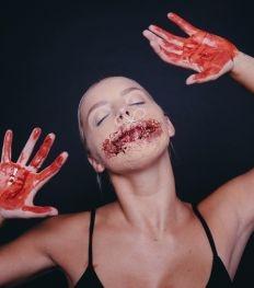Halloween make-up tutorial: vastgenaaide mond
