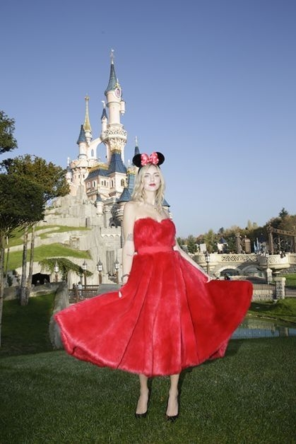 chiara ferragni, interview, mickey mouse, disneyland paris, influencer