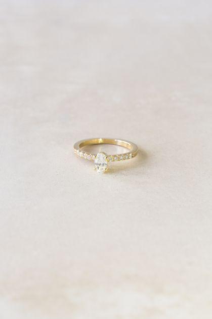 elliot ostrich ring