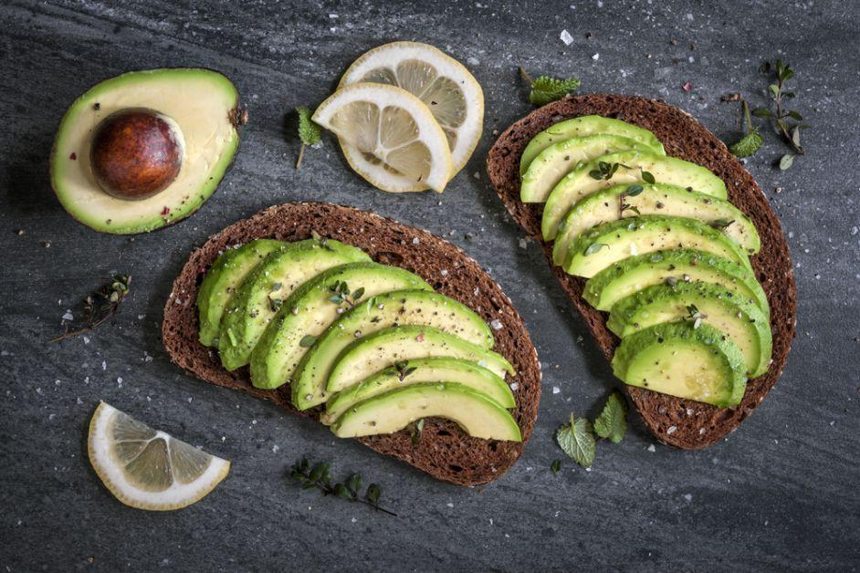 winterblues, winterdip, gelukkig, voeding, vrolijk, humeur, avocado