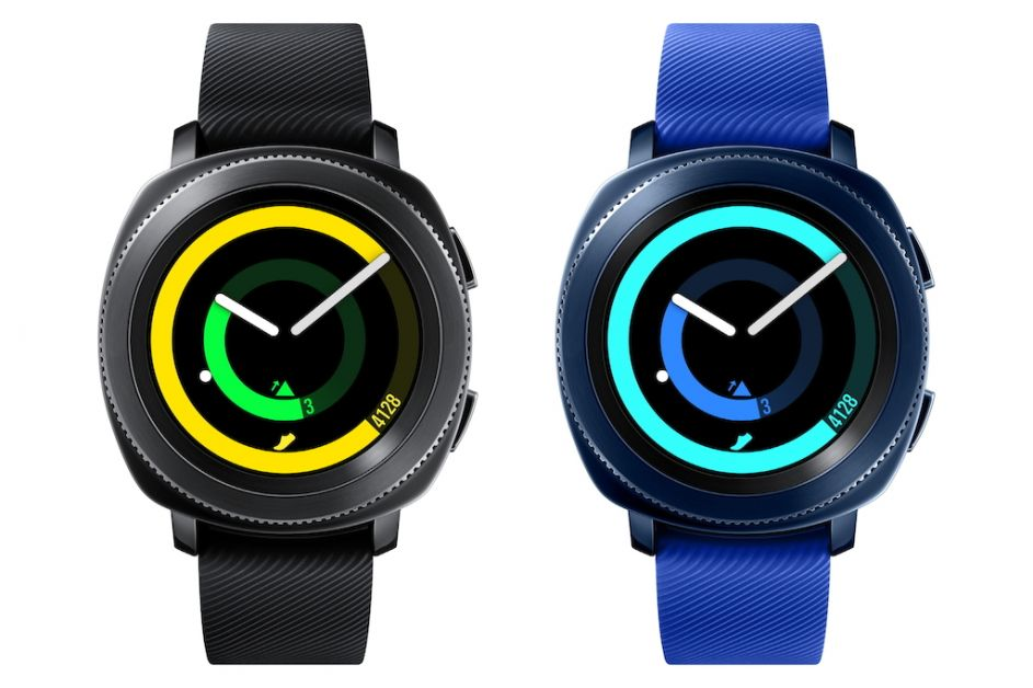 smartwatches_shopping_fitbit_samsung_gear_sport