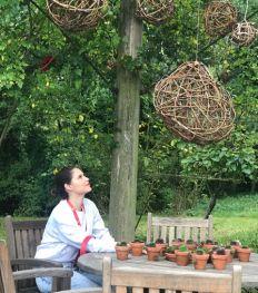 In deze tuin groeit het bijzondere geheim van Dr. Hauschka